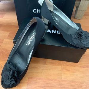 Chanel Camellia Toe Silver CC Logo Block Heel 41.5